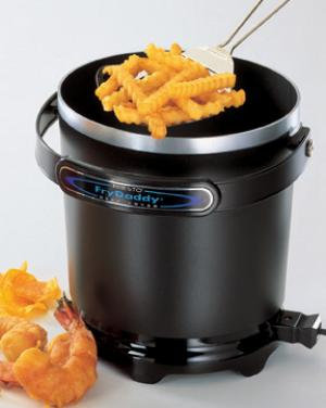 Presto 05420, FryDaddy, Electric, Deep Fryer, 1200W, 4 Cups, Non Stick,  Handy Scoop for fries, chicken, onion rings and more