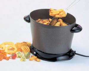 "Presto 05450 Dual Daddy Electric Deep Fryer 1500W, Serve 8, Divider, Non-Stick Aluminum Casting, Snap On Lid, Slotted Scoop, 8.25""H x 7.25'W x 13""L"