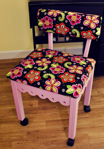 "Arrow 5005 Newcastle Fabric PINK Sewing Chair Floral Motif, 4 Casters, Back Lumbar Support 30""H, Solid Oak Wood Legs 20""H, 16x18"" Cushion over Storage"